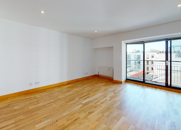 2 bed flat to rent in Britton Street, London EC1M
