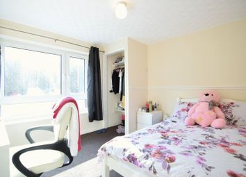 Thumbnail 3 bed flat to rent in Dartmouth Crescent, Brighton