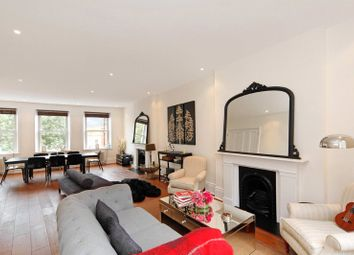 Thumbnail 3 bed flat for sale in Cromwell Crescent, Kensington
