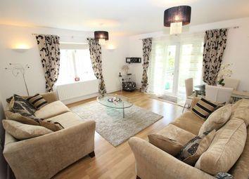 Thumbnail 2 bedroom flat to rent in Hedgerley Lane, Gerrards Cross