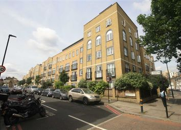 Thumbnail 1 bed flat to rent in Stockwell Green, London