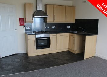 2 bed flat to rent in Oxford Grove, Ilfracombe EX34