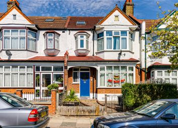 Thumbnail 3 bed flat to rent in Gateside Road, London
