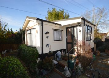 Thumbnail 1 bedroom mobile/park home for sale in Meadow Close, Bricket Wood, St. Albans