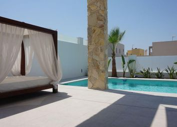 Thumbnail 4 bed chalet for sale in Calle Lebeche 03183, Torrevieja, Alicante