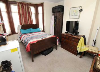 Thumbnail Room to rent in Selsdon Road, South Croydon