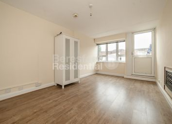 Thumbnail 3 bedroom flat to rent in Horle Walk, London