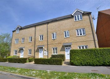 Thumbnail 2 bed flat to rent in Haybluff Drive, Stevenage, Herts