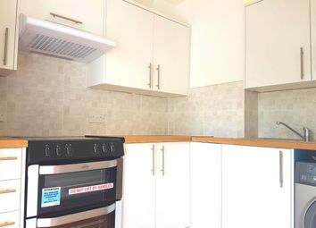 Thumbnail 1 bed flat to rent in Greenfield Avenue, Watford