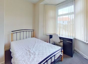 2 bed flat to rent in Stow Hill, Treforest, Pontypridd CF37