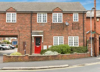 Thumbnail 2 bedroom flat for sale in Goldsmid Road, Reading