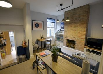 Thumbnail 1 bed flat to rent in Wades Hill, Winchmore Hill