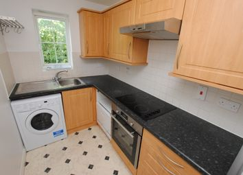 Thumbnail 2 bedroom flat for sale in All Hallows Road, Caversham, Reading