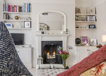 Thumbnail 3 bed flat to rent in Burnbury Road, London