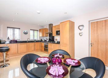 Thumbnail 4 bed detached house to rent in Farnesdown Drive, Wokingham, Berkshire