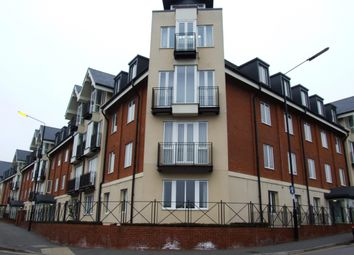 Thumbnail 2 bedroom flat to rent in London Road, St.Albans