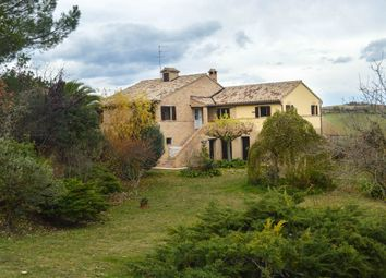 Thumbnail 3 bed country house for sale in Montecassiano, Macerata, Marche, Italy
