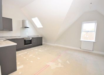 2 bed flat to rent in Station Road, Desborough, Kettering NN14
