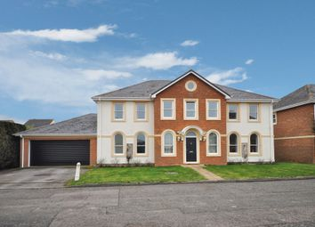 Thumbnail 5 bed detached house for sale in Kingfisher, Aylesbury