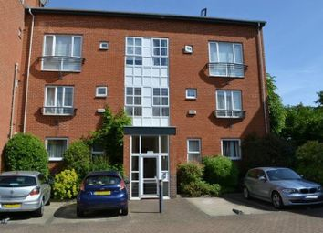 2 Bedrooms Flat for sale in Avebury Avenue, Tonbridge TN9