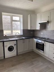 2 bed flat to rent in Grantham Road, Boscombe, Bournemouth BH1