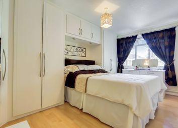 3 bed property for sale in Sedgemoor Place, Camberwell, London SE5