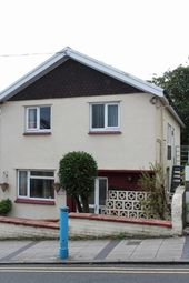 Thumbnail 2 bed flat to rent in 2 Bed 1 St Floor Flat, Roseleigh. High Street, Saundersfoot