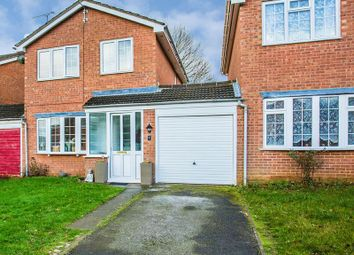 Thumbnail 3 bed property for sale in Hare Close, Buckingham