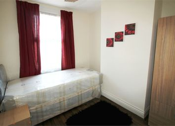 Thumbnail Room to rent in Hill Street, Reading