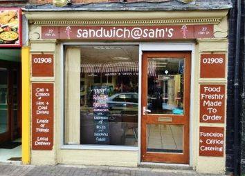 Thumbnail Restaurant/cafe for sale in 27 High Street, Newport Pagnell