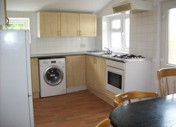 4 bed flat to rent in Grove Road, London N8