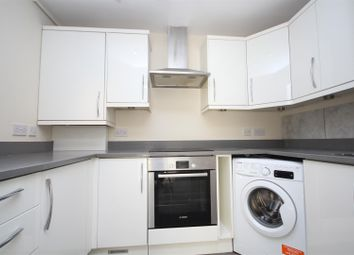 Thumbnail 2 bedroom flat to rent in Shaftesbury Gardens, North Acton