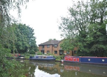 Thumbnail 2 bed flat for sale in Lower Kings Road, Berkhamsted