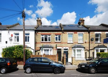 3 bed maisonette to rent in Hugon Road, Sands End SW6