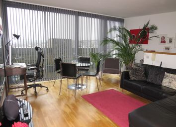 2 bed penthouse for sale in Lilycroft Road, Bradford BD9
