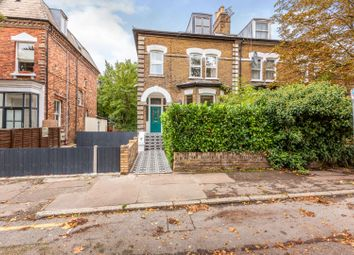 3 bed flat for sale in Trinity Road, London N22