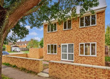 Thumbnail 2 bed detached house to rent in Chesterford Green, Basildon
