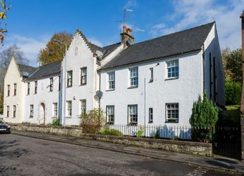Thumbnail 2 bed flat for sale in 7 High Barholm, Kilbarchan