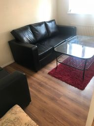 Thumbnail 5 bed flat to rent in Asfeild Street, Whitechapel, London