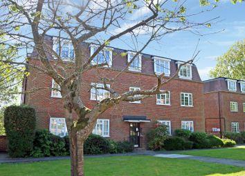 2 bed flat to rent in Craigmount, Radlett WD7