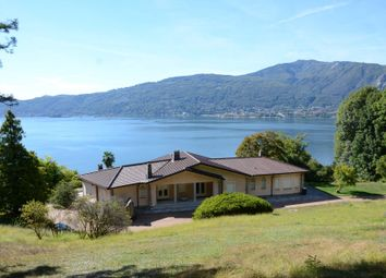 Thumbnail 4 bed town house for sale in Via Venti Settembre, 28925 Verbania Vb, Italy