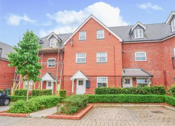 Thumbnail 2 bedroom flat for sale in Campbell Road, Marlow