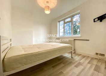 Thumbnail 3 bed property to rent in Summers Lane, London