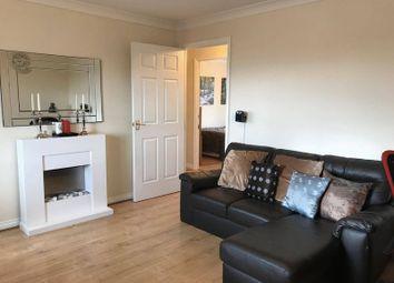 Thumbnail 2 bedroom flat for sale in Gorseway, Hatfield