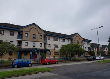 Thumbnail 3 bed flat to rent in Lyoncross Road, Glasgow