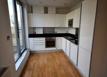 Thumbnail 3 bed duplex to rent in Bartholomew Square, Old Street