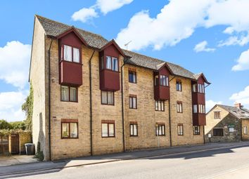 Thumbnail 2 bedroom flat for sale in Chipping Norton, Oxfordshire