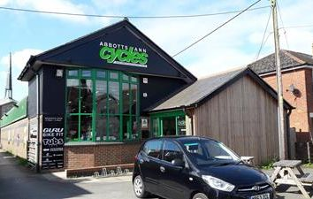 Thumbnail Retail premises to let in 87 Weyhill Road, Andover, Hampshire