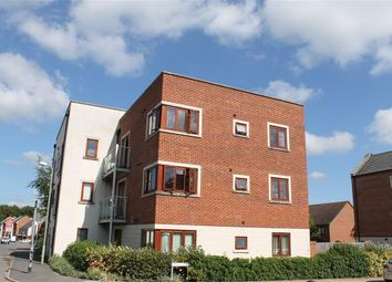 Thumbnail 2 bedroom flat to rent in Hines Court, Basingstoke