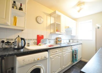 Thumbnail 1 bed flat to rent in Elm Park, Cranleigh